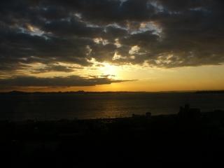 三浦海岸からの日の出